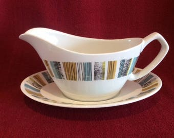 Alfred Meakin Cranbrook Gravy Boat and Saucer circa 1970