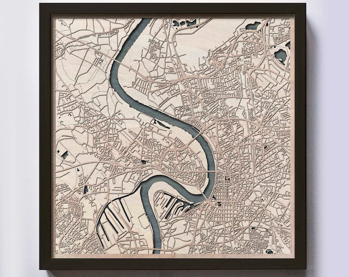Dusseldorf Wood Map - 5th Anniversary Gift - Custom Wooden Map Laser Cut Framed Maps Wall Art - Wedding Engagement Gift for Couple