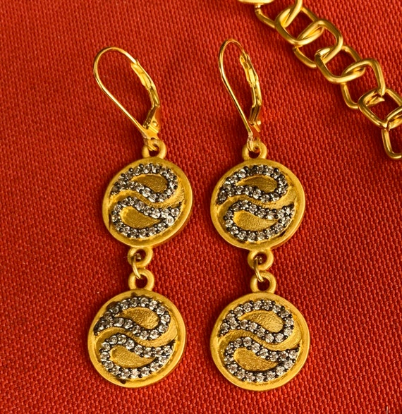 14K Gold Plated  CZ  Round  Discs Lever back Earrings