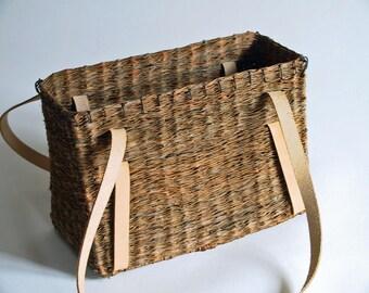 Large A-size basket bag