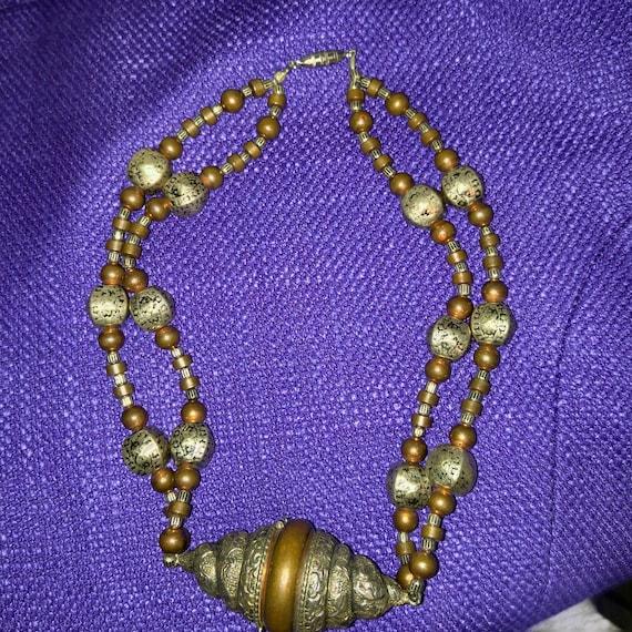 Vintage. Art Deco, secret compartment necklace