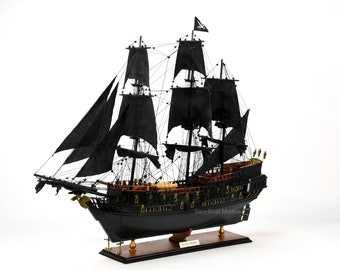 """Black Pearl Pirate Tall Ship Handcrafted Wooden Ship Model 35"""" NEW"""
