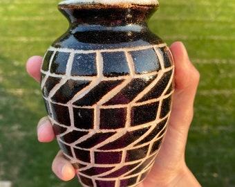 Pottery Vase #210829