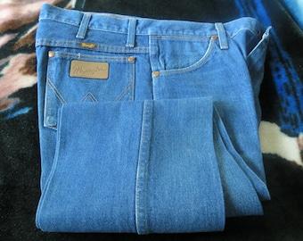 wrangler denim 35x 34 blue jeans