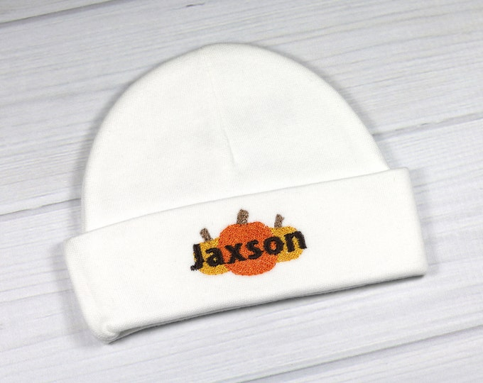 Personalized baby hat with pumpkins - micro preemie / preemie / newborn / 0-3 months / 3-6 months