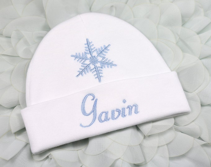 Personalized baby hat with snowflake - micro preemie / preemie / newborn / 0-3 months / 3-6 months