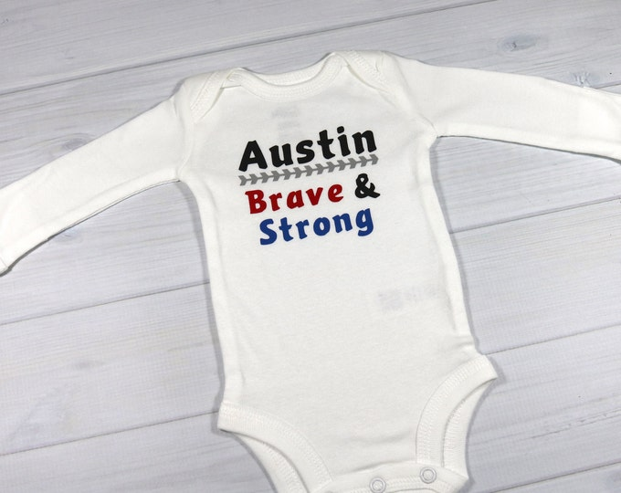 Personalized baby bodysuit - Brave & Strong