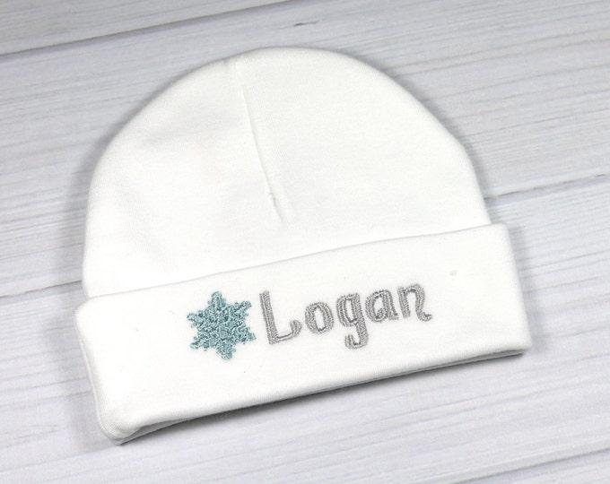 Personalized newborn hat with snowflake - micro preemie / preemie / newborn / 0-3 months / 3-6 months