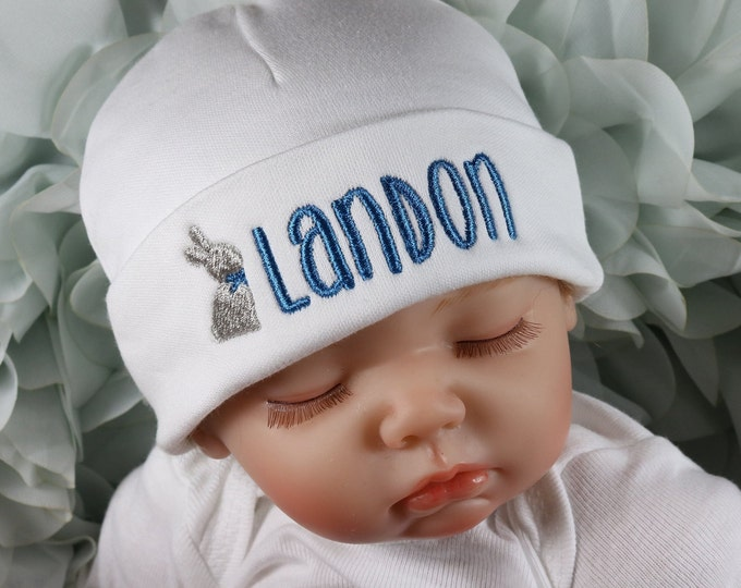 Personalized baby hat with Easter bunny - micro preemie / preemie / newborn / 0-3 months / 3-6 months