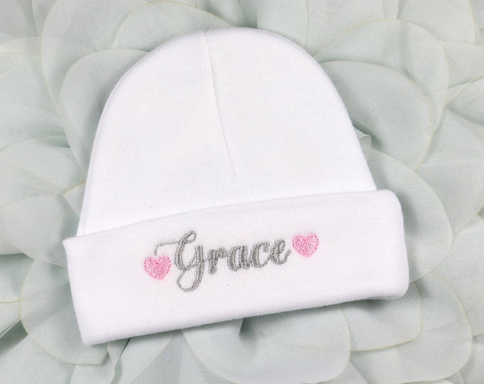 Personalized baby hat with hearts - micro preemie / preemie / newborn / 0-3 months / 3-6 months
