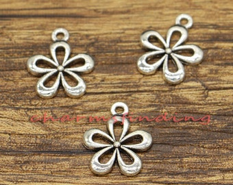 30pcs Daisy Flower Charms Floral Charms Antique Silver Tone 15x18mm cf0647