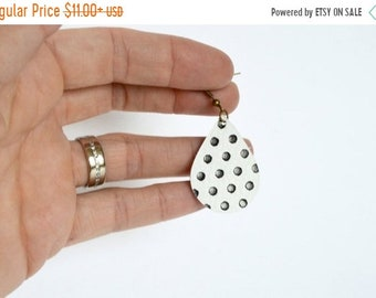 SUMMER VACATION FLASH Black and White Polka Dot  Leather Earrings // Leather Teardrop Earrings // Leafy Treetop Leather