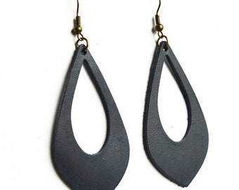 SUMMER VACATION FLASH Navy Blue Hickory Leather Cut Out Earrings:  Dark Blue Leaf Earring //  Leather Teardrop Cut Out Earrings--Leaf Earrin