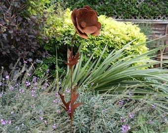 Poppy Sculpture / Remembrance Poppy / Rusty Metal Poppy Sculpture / Flower Sculpture / Rusty Metal Garden Decoration / Poppy Memorial