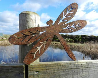Rusty Dragonfly Art / Rustic Dragonfly Gift / Rusty Metal Dragonfly Garden  Gift / Metal Garden Decor / Pond Decoration / Rustic Garden Art
