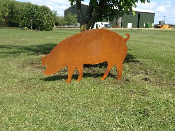 Rusty Pig / Pig Garden Art / Pig Gift / Mummy Pig / Metal Pig