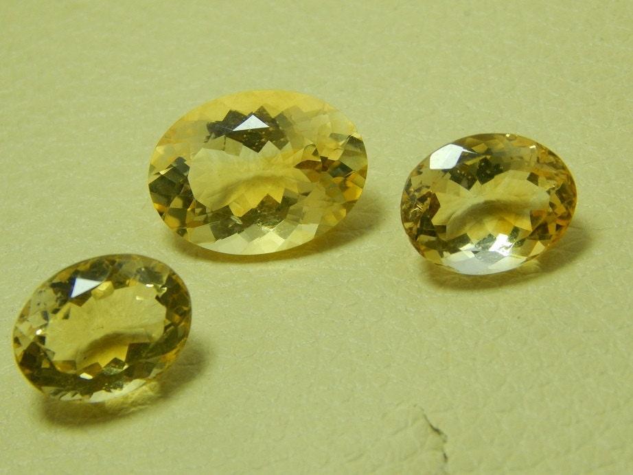 Citron Quartz pierres précieuses facettes vrac Cabochon ovale Dimensions: Dimensions: Dimensions: 11 X 14 MM à 13 X 18 MM environ la meilleure qualité à prix de gros. 974ea6