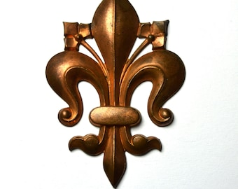 Antique French Fleur De Lys Stamping From 1920s PRT 058
