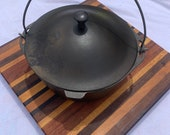 Vintage Cast Iron Dutch Oven With Unmarked Wagner Ware Whistle Top Lid Base Unmarked Size 8