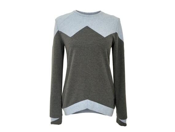 eisbörg Bovo Sweater grau blau lässig geometrisches Sweatshirt mit Patchwork, Pullover für Frauen, minimal, pastell