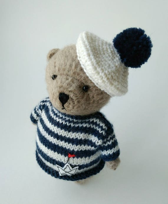 Small teddy bear pattern | 692x570