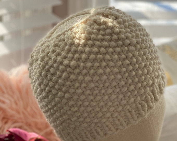 Women's Messy Bun Beanie, Pony Tail Hat