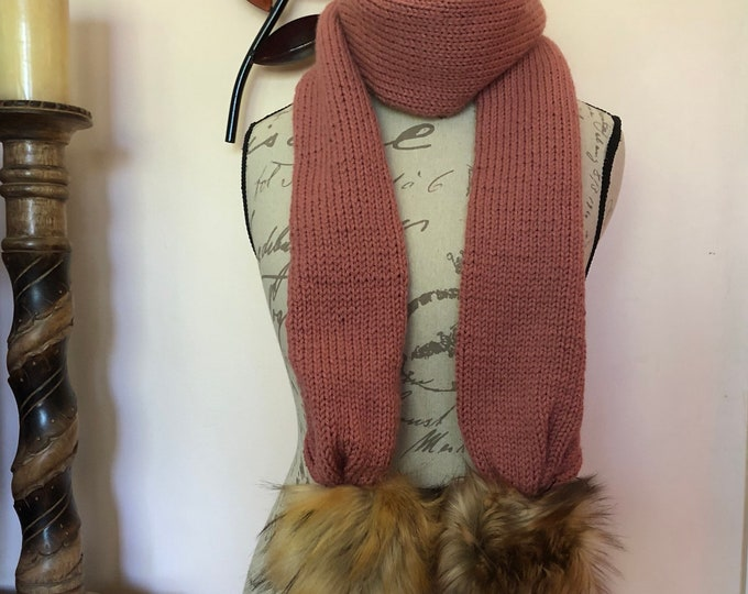 Winter scarf with fur poms