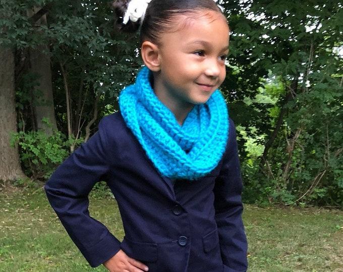 Chunky Crochet Neck Cowl Scarf For Girls