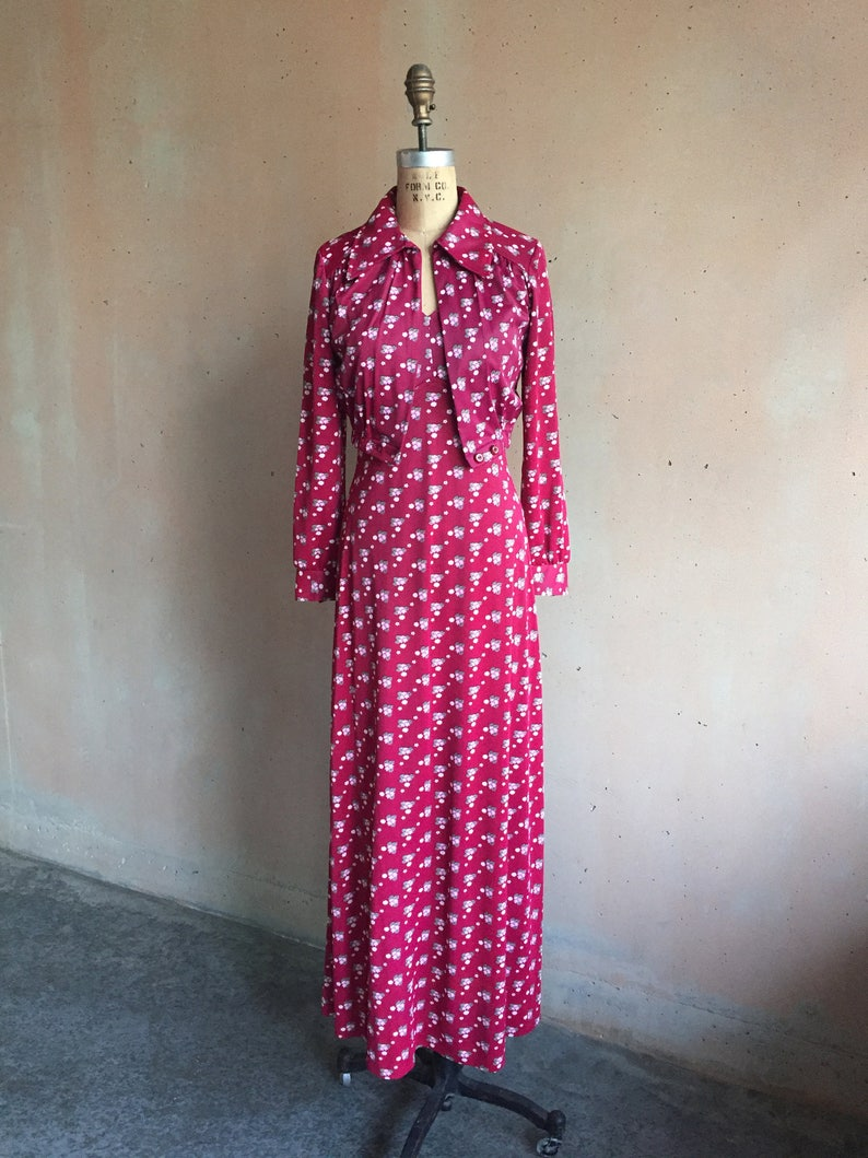 Vintage 70s Cranberry Red Floral Print Long Dress w Matching Jacket