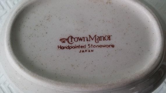 Vintage Couronne Manor saucière et soucoupe, Vintage saucière et soucoupe, Couronne Manor plats, vides, plats de remplacement