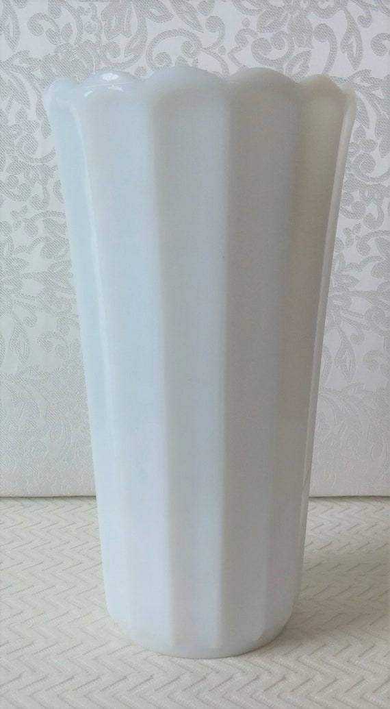 Vintage Milk Glass Vase Vintage White Glass Vase Vintage