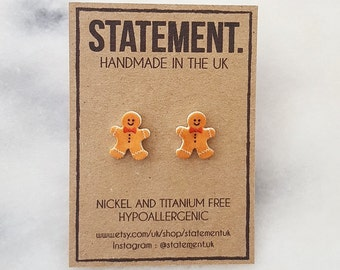 1 pair of novelty gingerbread man festive earrings