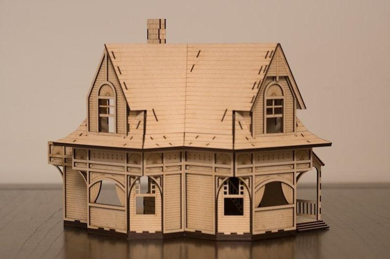 Violet Villa dollhouse kit image 0