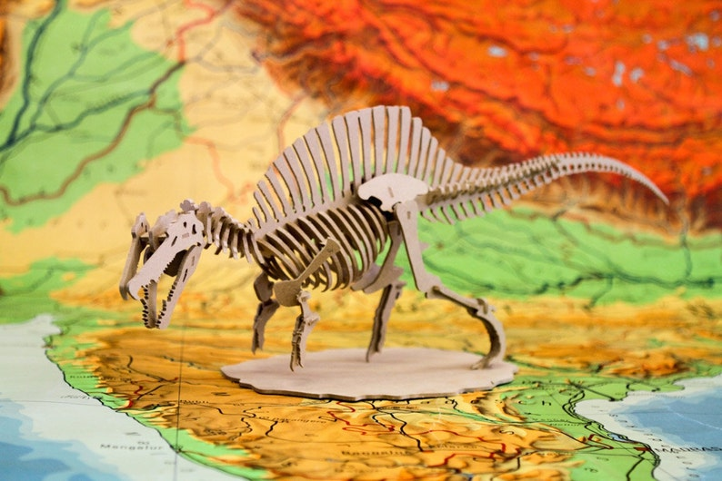 Spinosaurus HD 3D Dinosaur Wooden Toy Puzzle image 0
