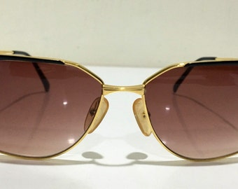 ccb2555dd63 Made In Japan Vintage Very Rare Christian Dior 2861 49 Black and Gold  Authentic Women Vintage Sunglasses