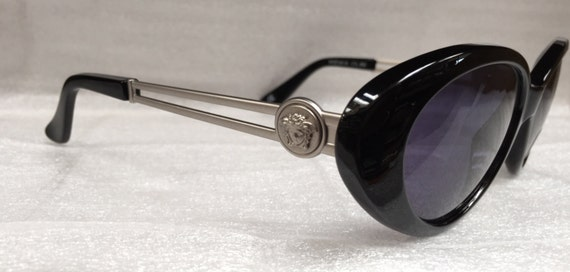 New Old Stock Rare Vintage Gianni Versace Model 3… - image 3