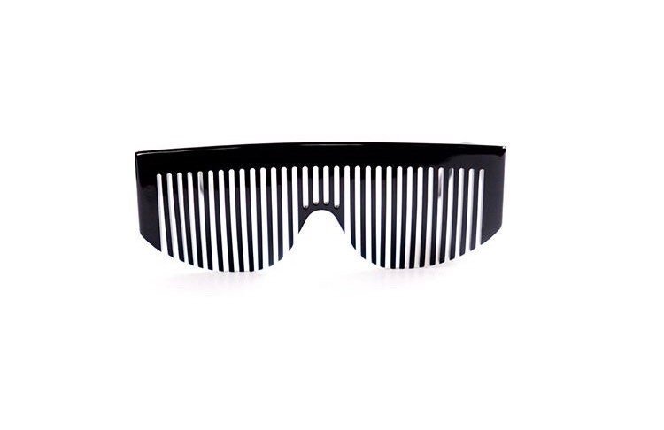 7bad6567265 Vintage Chanel black comb sunglasses Chanel 04171