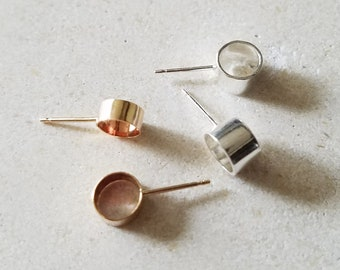 Sacco Earrings - Geometric Silver or Gold Studs