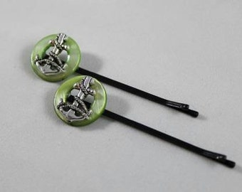 Sea green anchor hair pin