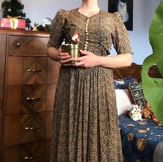 1980s ditsy floral prairie dress