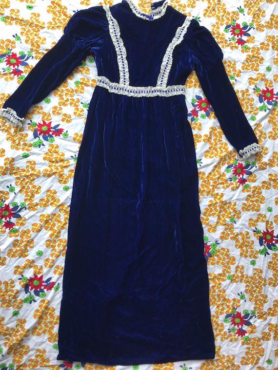 Homemade 1960s velvet dress