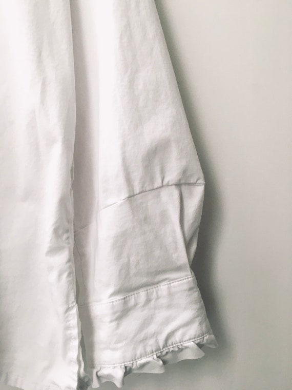 Vintage white cotton blouse with high ruffled nec… - image 4