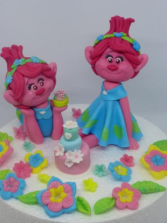 Fondant Trolls Princess Poppy personnalisé. Trolls de pavot Edible Cake Topper