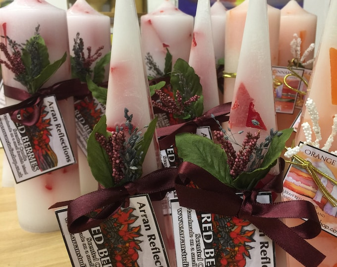 Red Berries Pyramid Candle