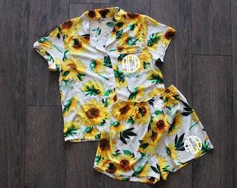 0498d5aeda sunflower pajama set - sunflower pajamas - monogrammed pajamas - bridal  party pajamas - bridesmaid pajamas - bride pj s - sunflower gift