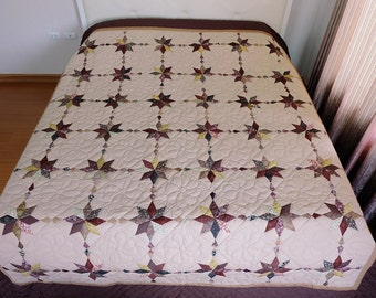 "Twinkle Star Quilts, ""Wandering Star"" Homemade quilts, King Bedding, Bedspread, Patchwork, Amish quilts, Hand Stitched, beige, walnut cotton"