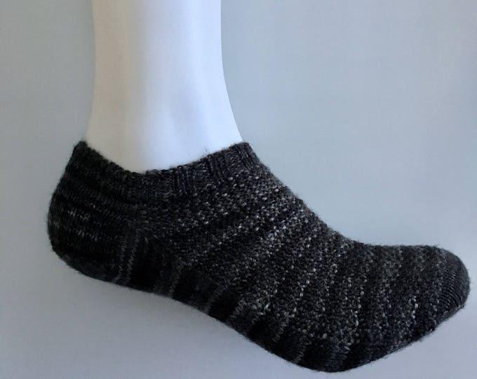 Socks (bottom short) stocking socks size 5-6, 5 hand knit