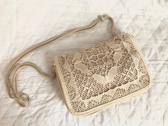 1970's buttermilk macrame crochet shoulder bag