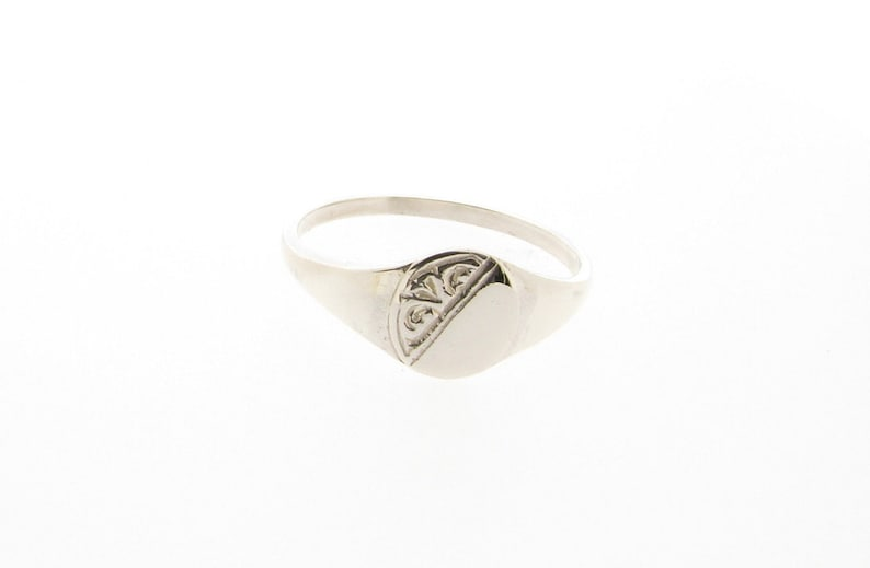 925 Sterling Silver Engravable Oval Baby Ring Size 1-5