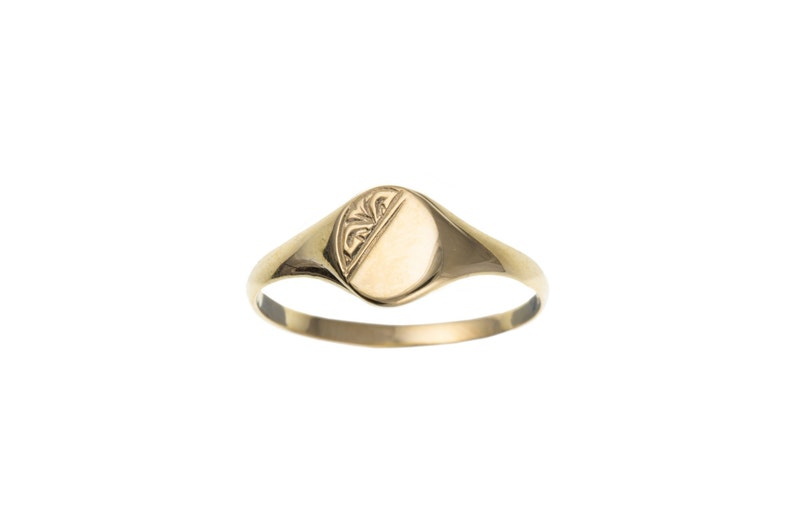 Solid 9ct Yellow Gold Half Engraved Oval Signet Ring UK Sizes image 0